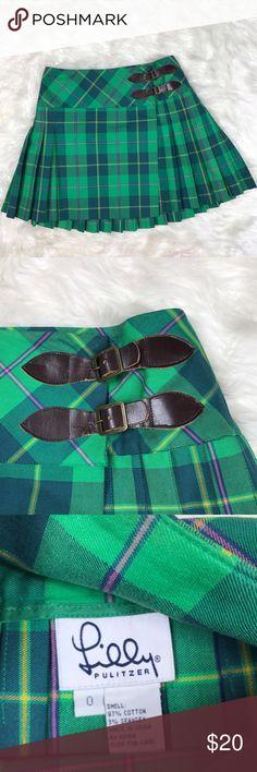 "Lilly Pulitzer plaid green pleated mini skirt sz 0 Lilly Pulitzer green plaid pleated mini skirt size 0. Waist 14"", length 15.5"" Lilly Pulitzer Skirts Mini"
