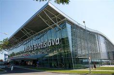 Jun 10 Hailing a Cab vs Pre Booking a Taxi at Bratislava (Slovakia) Airport