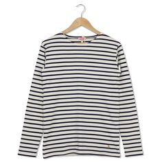 2297 Classic Long Sleeve Tee Nature/Seal ($71) ❤ liked on Polyvore featuring men's fashion, men's clothing, men's shirts, men's t-shirts, mens longsleeve shirts, mens striped shirt, mens long sleeve shirts, mens striped long sleeve shirt and mens striped t shirt
