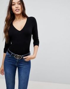 Shop ASOS DESIGN ultimate top with long sleeve and v-neck in black. With a variety of delivery, payment and return options available, shopping with ASOS is easy and secure. Shop with ASOS today. Black Long Sleeve Shirt, Long Sleeve Tops, Fashion Over 50 Blog, Blouses For Women, T Shirts For Women, Women's Blouses, Asos, Blazer Fashion, Womens Clothing Stores