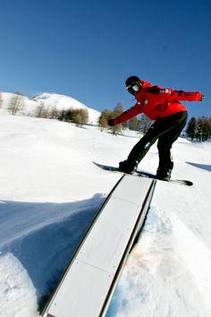 Frontside  #italy #sestriere #teacher #snowboard #nitro #sport #sports #active #fun #fit #fitness #instasport #gym #training #workout #excercise #somuchfun #crowd #train #justdoit #health #fitspo #healthy #gameday #win #winner # L1 #snow #exteme #score #best #loveit