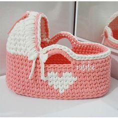 How to Crochet: Surface Crochet - Aran Crochet Crotchet Stitches, Crochet Shell Stitch, Crochet Motif, Crochet Patterns, Learn To Crochet, Crochet For Kids, Baby Blanket Crochet, Crochet Baby, Free Crochet