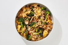 A pan full of veggie-packed fried rice is one of the easiest and most satisfying weeknight dinners we know of. A pan full of veggie-packed fried rice is one of the easiest and most satisfying weeknight dinners we know of. Rice Recipes, Dinner Recipes, Vegetarian Recipes, Broccoli Recipes, Recipies, Vegetarian Wings, Yummy Recipes, Vegan Dinners, Potato Recipes