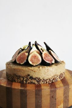 Lemon and fig cheesecake. (Use applesauce in place of maple syrup. Avoid this recipe if you are sensitive to dried figs.) #vegan #candida #yeast