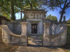 Hyperblogal: Elmwood Cemetery
