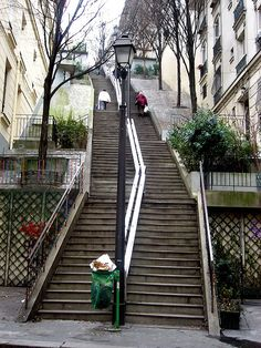 Stairs connecting Rue Caulaincourt and Rue Lamarck - looking up by bbonthebrink, via Flickr - Montmartre