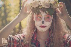 Prayer in c make up sugarskull flowers shooting bodypainting France photo art haute savoie Hlo photography model skeleton portrait