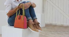 genuine leather Via Veneta handbag.