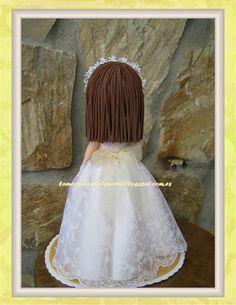 Seguimos con el tema de las comuniones, ahora os enseño la muñeca de Natalia espero que haya disfrutado de su regalo.