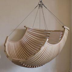 BELOUA-fauteuilsuspendu