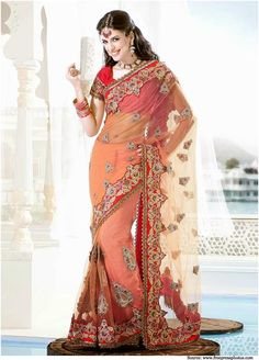 The perfection is rounded off with the use of a full sleeve blouse which is blending perfectly with the heavy pallu.