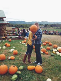 Fitness Couples Pictures Photo Ideas 60 New Ideas Fall Couple Pictures, Fall Family Photos, Fall Photos, Fall Pics, Couple Pics, Cute Fall Pictures, Fair Pictures, Autumn Photography, Couple Photography