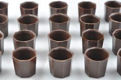 how to make chocolate cups / Liquor-Filled Chocolates