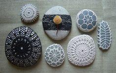 Crocheted Stones Pepples - Häkeln Kieselsteine