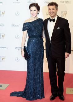 Mary och Frederik på gala i Tyskland igår. Foto: Markus Schreiber / TT