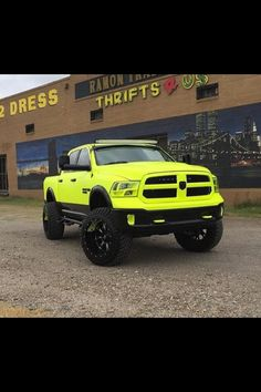 Talk about a Dodge Cummins that stands out!!! #epicneon