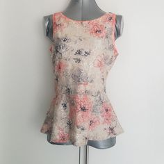 17a20418a24261 Banana Republic 4 sequin floral tank top Size 4 Worn once Like new Sequin  tank top