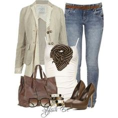 Cute casual chic fall outfit
