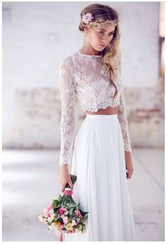 I know I said I'd never get married again. But if I do, I'll be wearing this. beach-wedding-dresses-8