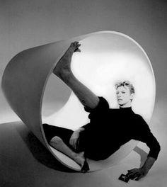 David Bowie being creative