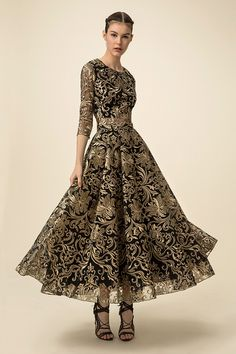 Marchesa Notte Spring 2016 Ready-to-Wear Fashion Show