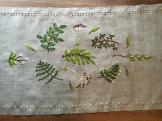 Embroidery by kasia Jacquot Embroidery Leaf, Embroidery Patterns, Linen Stitch, Hand Stitching, Hand Sewing, Needlework, Lovely Things, Stitches, Leaves