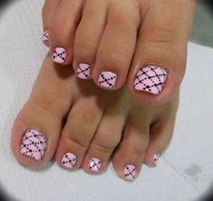 Toe nail art for next pedicure Pink Toe Nails, Pretty Toe Nails, Cute Toe Nails, Summer Toe Nails, Feet Nails, My Nails, Pretty Toes, Pedicure Designs, Pedicure Nail Art