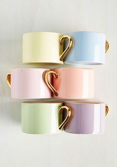 ModCloth features unique, quirky and cute kitchen decor! Add some spice to your room with these kitchen accessories. Cute Kitchen, Kitchen Items, Vintage Kitchen, Kitchen Decor, Kitchen Dining, Matcha Tea Set, Cute Cups, Vintage Tea, Retro Vintage