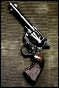 Revolver...