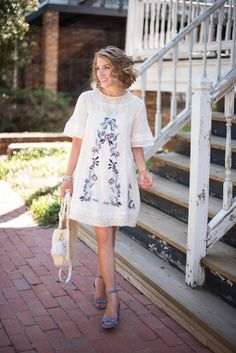 Spring Outfit Inspiration - Click through to see more on Something Delightful Blog