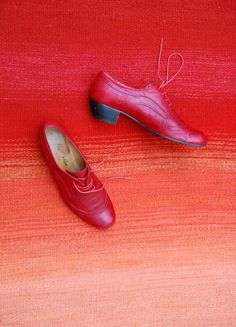 Programpartner 2014: Beate von Harten © Beate von Harten www.viennadesignweek.at Looking Forward To Seeing You, Oxford Shoes, Dress Shoes, Lace Up, Fashion, Formal Shoes, Moda, Dressy Shoes, Fasion