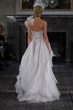 La preciosa colección de novias de Mira Zwillinger SS 2016   El Blog de SecretariaEvento