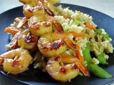 Receita deCamarões Salteados com Legumes Saudável e elegante, este prato de Camarões Salteados com Legumesé óptimo para dias em que se quer impressionar, com pouco trabalho.