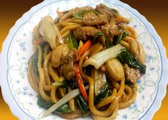 Easy Recipes, Easy Meals, Chicken Lo Mein, Chicken Balls, Spaghetti, Menu, Ethnic Recipes, Food, Easy Punch Recipes
