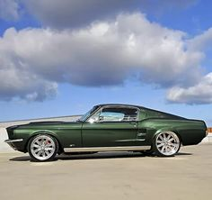 1967 Mustang, Ford Mustang Classic, Ford Mustang Fastback, Mustang Cars, Vehicle Maintenance Log, Green Mustang, Ford Svt, Old Muscle Cars, Hot Cars