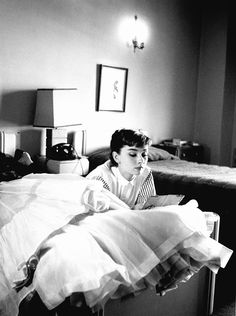 Audrey Hepburn by Bob Willoughby, 1953  I love this one!
