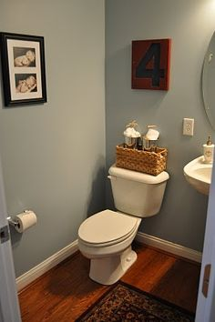 Love this color for a bathroom - Benjamin Moore Wedgewood Grey