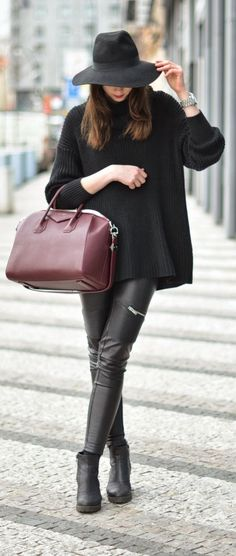 Black And Burgundy Outfit by Vogue Haus Classy Winter Outfits, Chic Outfits, Work Outfits, Vogue, Burgundy Outfit, Dress Code Casual, Pinterest Fashion, Autumn Winter Fashion, Autumn Style