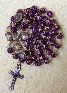 Beautiful Unique Rosaries and Religious Jewelries by RosaryMary Praying The Rosary, Holy Rosary, Rosary Catholic, Rosary Bracelet, Rosary Beads, Prayer Beads, Afghan Loom, Jesus, Blessed Mother