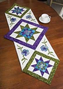 25+ best ideas about Patchwork Table Runner on Pinterest ...