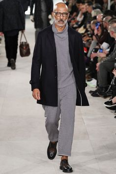 Oliver Spencer Fall 2016 Menswear Fashion Show Old Man Fashion, Winter Fashion, Fashion Show, Mens Fashion, Oliver Spencer, Vogue Paris, Bald Men, Fashion Essentials, Gentleman Style