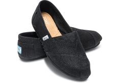 @jonathanmartini your thoughts on TOMS for ceremony / reception footwear? #teakandtartanwedding