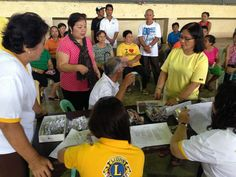 TUDELA GOLDEN LIONS CLUB Philippines - Lions distributed eyeglasses to local residents
