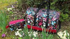 Sac Boston et Trousse Zip-Zip en simili fleuri cousus par Emmanuelle - Patrons Sacôtin