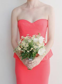 This bridesmaid bouquet for a modern garden wedding in Ojai featured a natural gathering of chamomile, mint and other white wildflowers & greens | Bob Gail Events #bridesmaidbouquet #gardenwedding