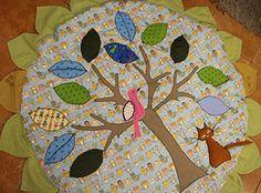 játszószőnyeg varrás Tree Skirts, Christmas Tree, Kids Rugs, Holiday Decor, Teal Christmas Tree, Kid Friendly Rugs, Xmas Trees, Christmas Trees, Xmas Tree