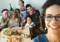 Hoje o tradicional almoço de família teve energia de Natal antecipado!