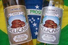 """Vicios Brasileiros - Probierpaket Delicana """"Basico"""" -  1 x Delicana Silver 1000ml, 38% vol. und 1 x Delicana Gold 1000ml, 38% vol.   Zwei Cachaca, die sich perfekt für Caipirinha eignen. Zaubern Sie fantastische Cocktails mit Cachaca Delicana."""