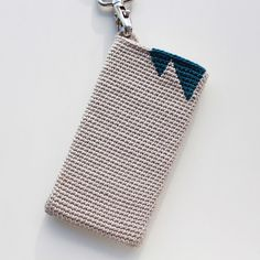 Lutter Idyll: Recipe for crochet iPhone Case (with handle)