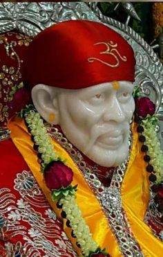 Sai Baba Wallpapers, Sai Baba Photos, Baba Image, Om Sai Ram, God Pictures, Hindu Art, Indian Gods, Blessing, Krishna